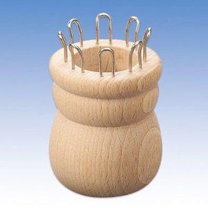 Strickliesel aus Naturholz mit  Haken